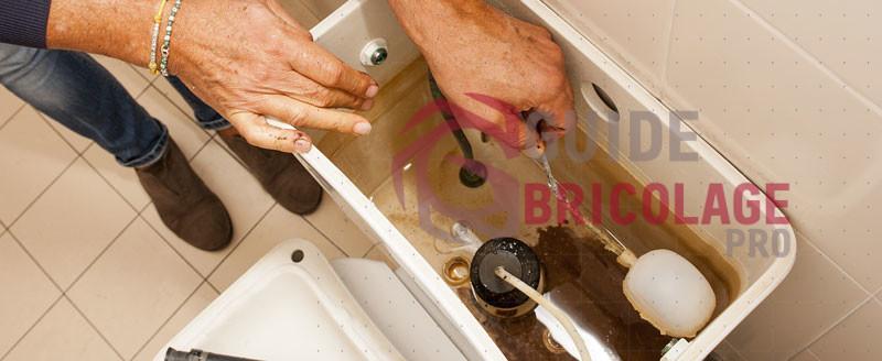Comment réparer un flotteur de chasse d'eau ?