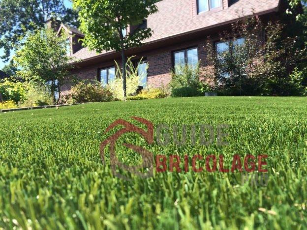 Mise au point sur les avantages de la fausse pelouse.
