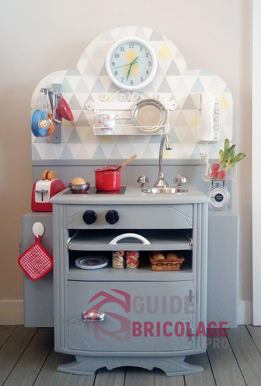 Conseils et outils pour réaliser une cuisine et une table de chevet à faire soi-même